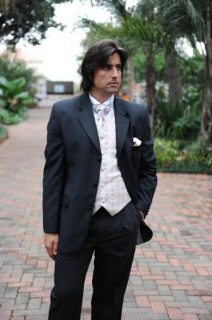 3 Button tux with white accessories